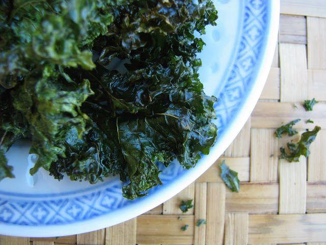 salt and vinegar kale chips 1 bunch kale (approx 10 large handfuls of ...