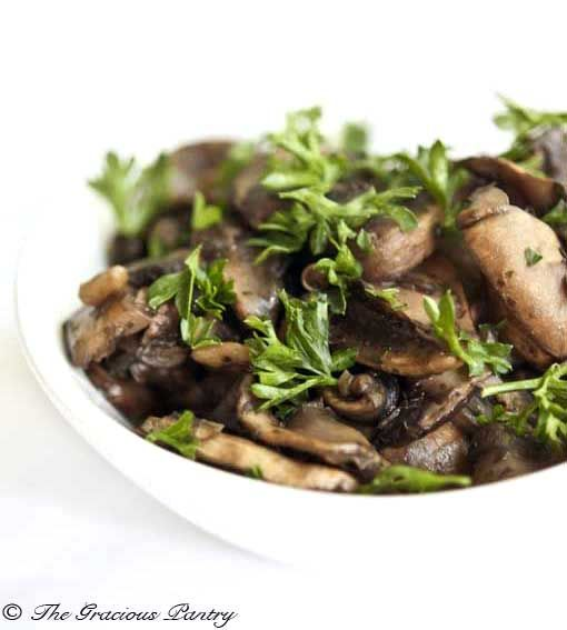 Clean Eating Sautéed Garlic Mushrooms
