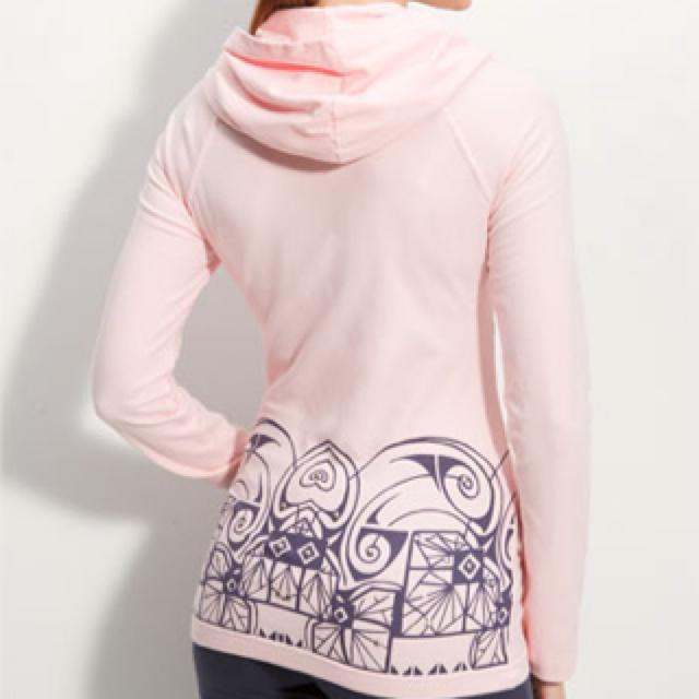 pink hoodie http://shop.nordstrom.com/S/pink-lotus-back-print-hoodie