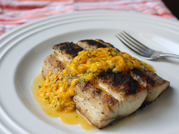 Mahi Mahi with Spicy Chili Mango Sauce | FISH | Pinterest