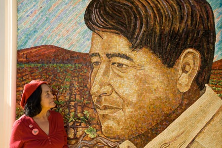 Cesar chavez and dolores huerta murals and street art for Cesar chavez mural