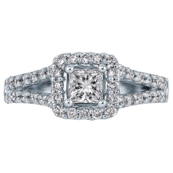 Princess cut engagement ring with round brilliant cut diamonds - love ...