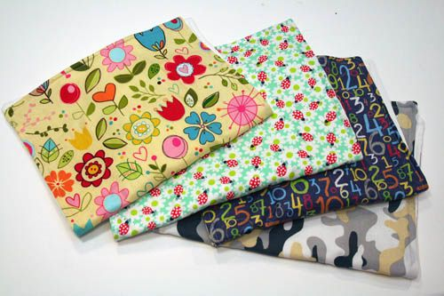 DIY Make Your Own Burp Cloths - #DIY #baby #babygift