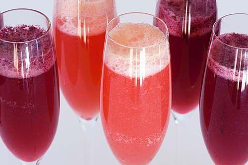 Berry Bellini Cocktail   Recipe