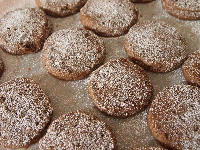 Mocha Shortbread Cookies http://coeurdecookies.com/2013/10/01/mocha ...