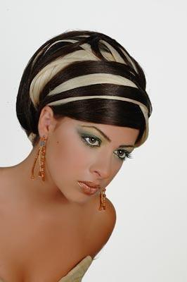 Google Image Result for http://2.bp.blogspot.com/-kgbd2hoLA6k/TzQS1YWPQ0I/AAAAAAAAASU/ZV-UTaPa65o/s400/Trendy-Hair-style-6.jpg