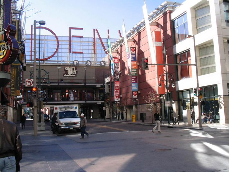 denver colorado 16th street mall fun things to do in. Black Bedroom Furniture Sets. Home Design Ideas
