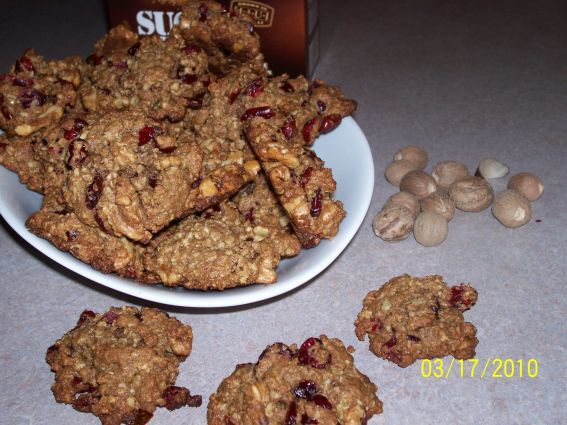 Whole Wheat Oatmeal Ginger Cookies   Desserts & Treats   Pinterest