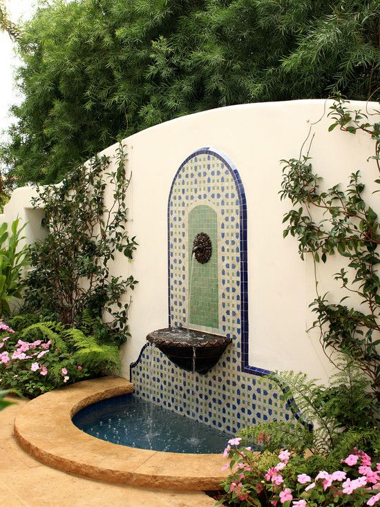 Spanish fountain spanish style pinterest for Mexican style outdoor fountains