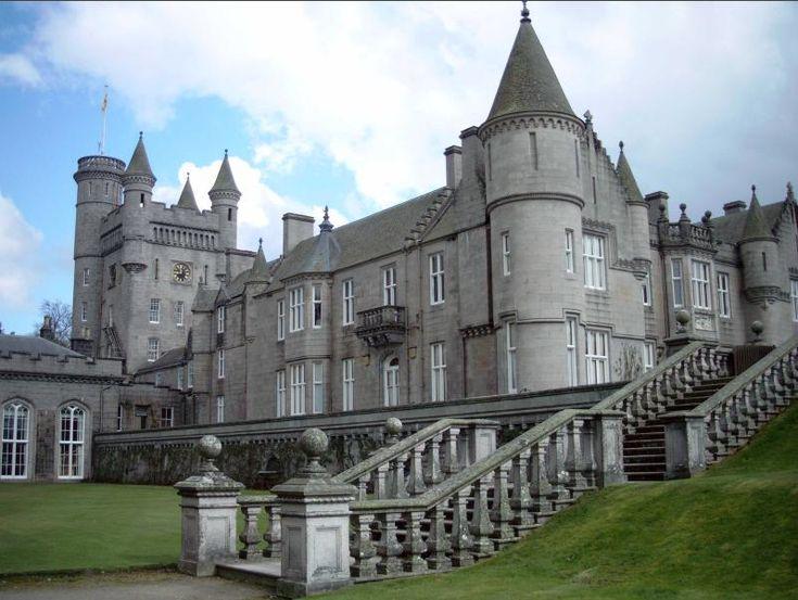 Queen Elizabeth 39 S Balmoral Castle