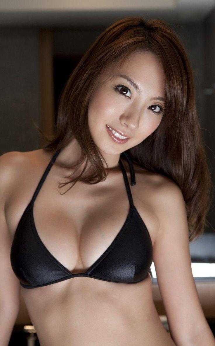 Azusa Yamamoto - Beautiful Women With Amazing Long Hair