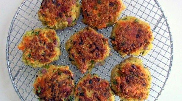 recipe garlic amp cheese quinoa patties poor girl eats well how to eat ...