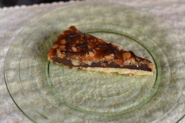 Chocolate-Caramel Macadamia Nut Tart (http://www.epicurious.com ...