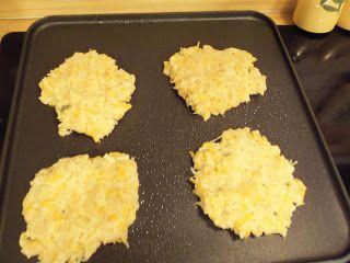 Cheesy Cauliflower Fritters | Clean Eats | Pinterest