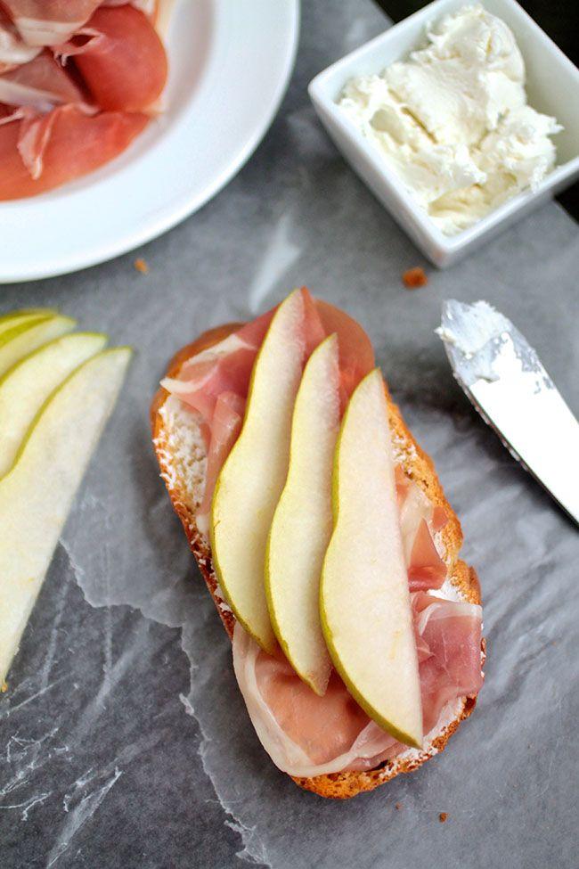 Pear & Prosciutto Crostini with Goat Cheese | Recipe