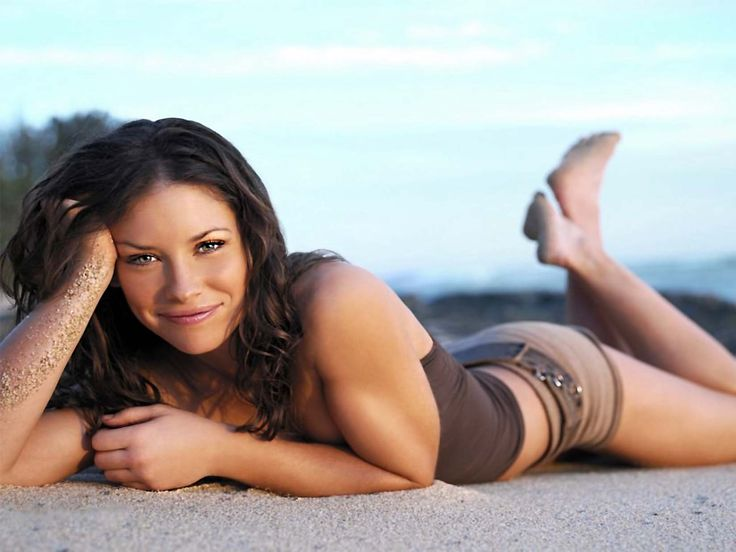 Evangeline Lilly Heigh...