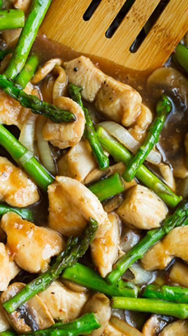 Healthy Ginger Chicken Stir-Fry with Asparagus recipe. Re-pin now ...