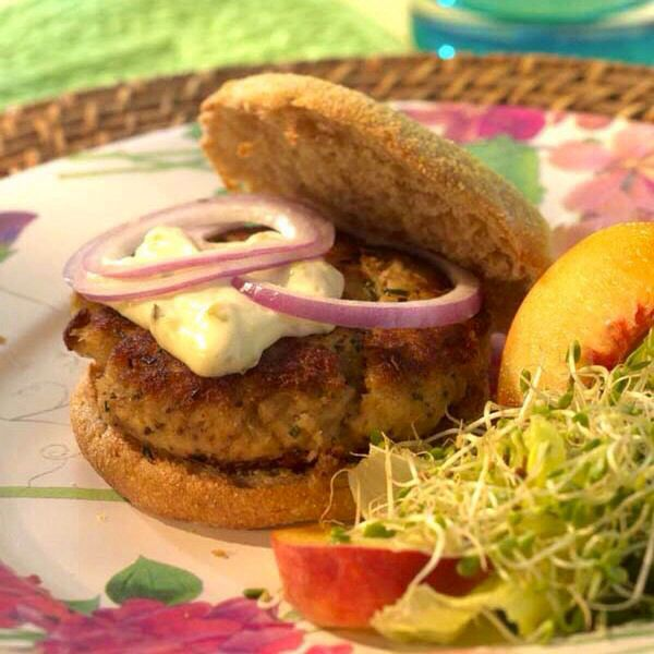 Crab Cake Burgers | Yummy Food | Pinterest
