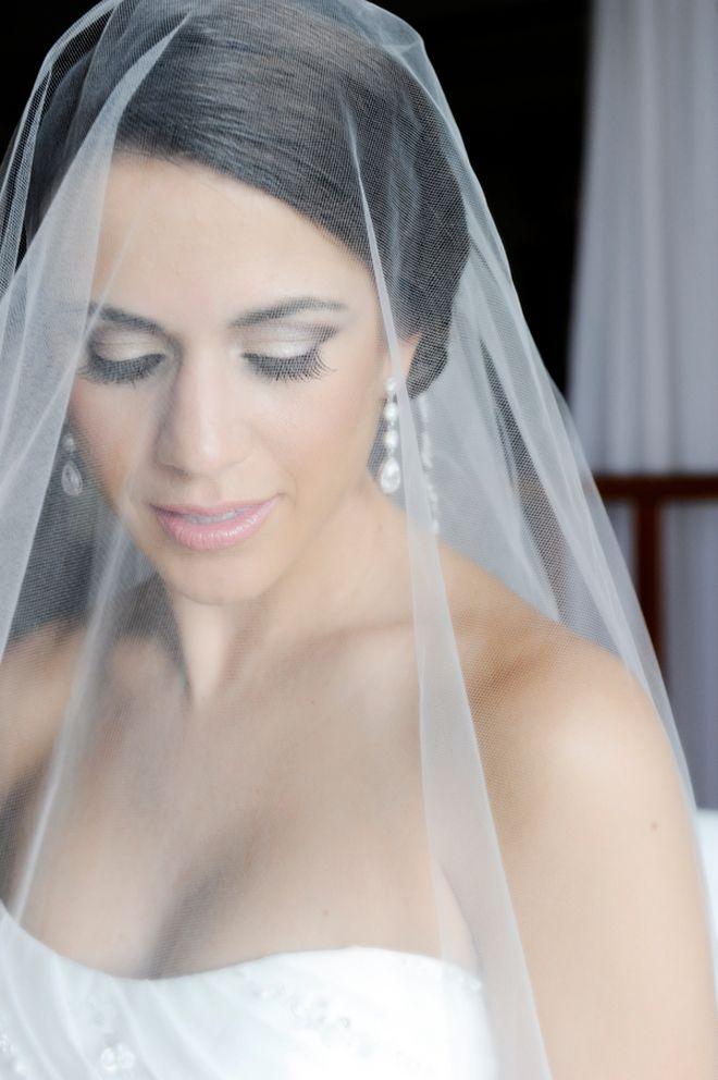 Glamorous Bridal Makeup From Start To Finish : Glamorous wedding makeup and veil Wedding Ideas Pinterest