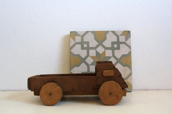 Vintage wood truck toy handmade by cakenumber9 on etsy 25 00