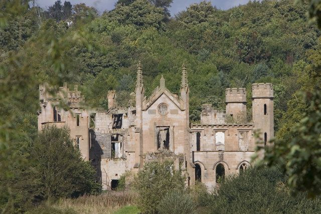 Abandoned castle in scotland are we there yet pinterest for Mansions for sale us