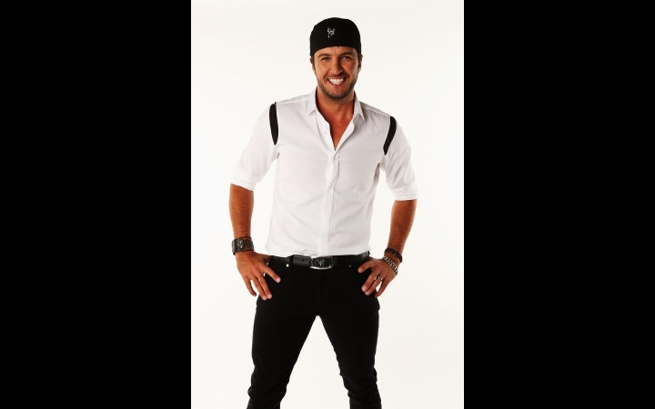 5 Questions With ... Luke Bryan | GRAMMY.com