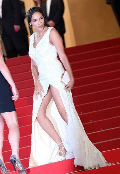 Rosario Dawson Wardrobe Malfunction - Celebrity Wardrobe Mishaps Rosario Dawson