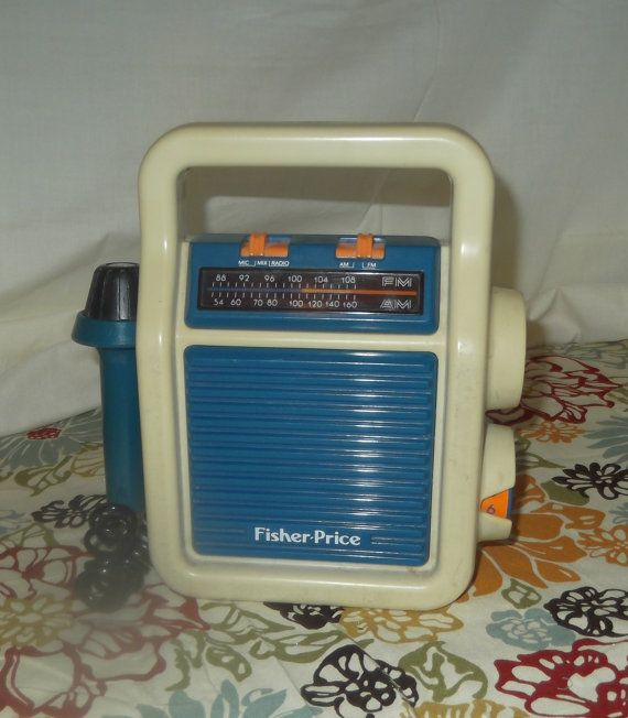 Vintage Fisher Price AM FM Radio with Sing Along Microphone 1984 No.3805