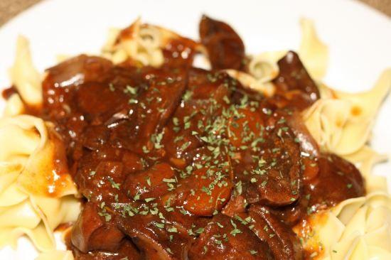 Mushroom Bourguignon - Use vegetable broth to make it vegetarian for ...