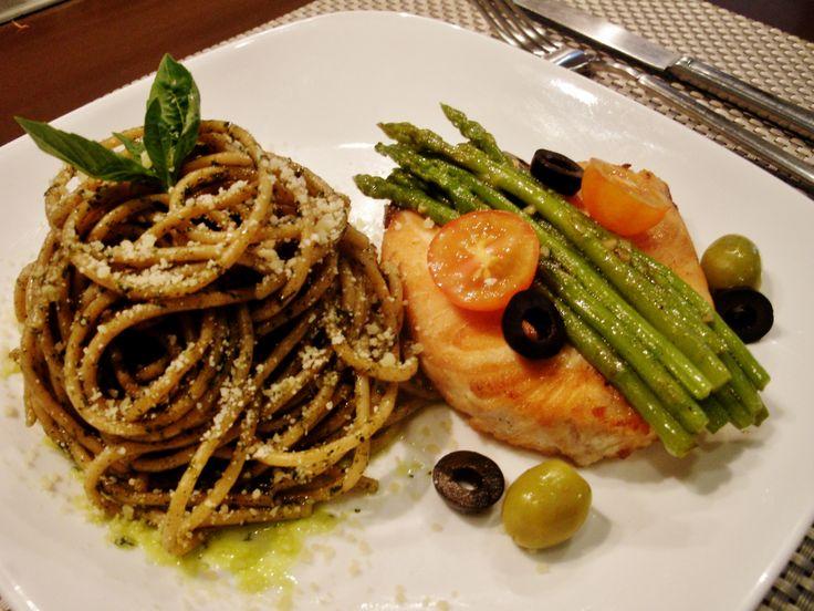 ... broiled salmon pesto recipes dishmaps stephan s broiled salmon pesto