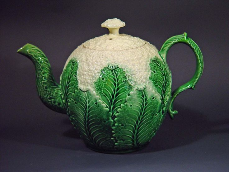 Cabbage leaf cream ware, 1777. Image @Earle D. Vandekar of Knightsbridge