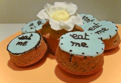 Pistachio and Raspberry Cupcakes | Recipe