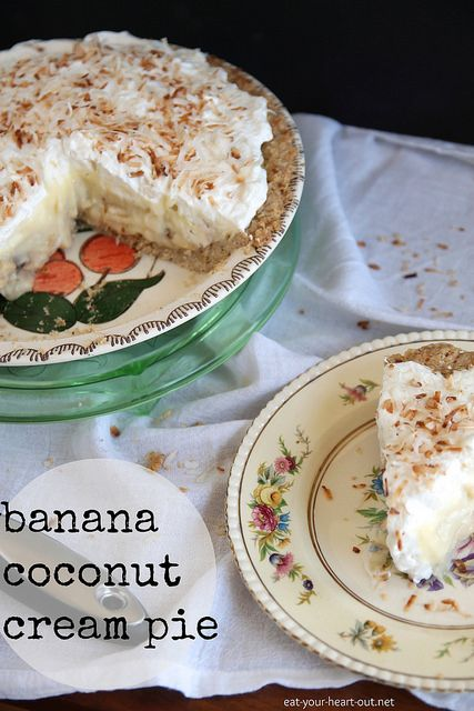 Banana Coconut Cream Pie: Coconut custard and sliced bananas layered ...