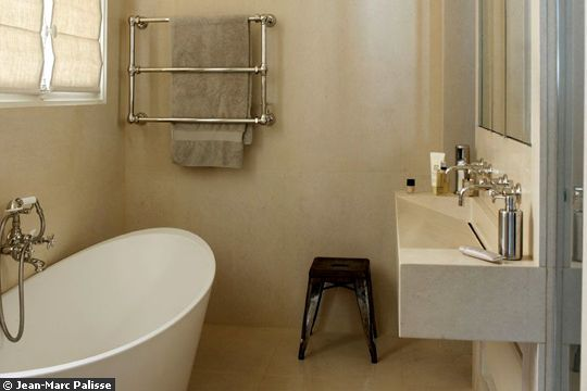 Salle de bain c t maison pinterest for Salle de bain english