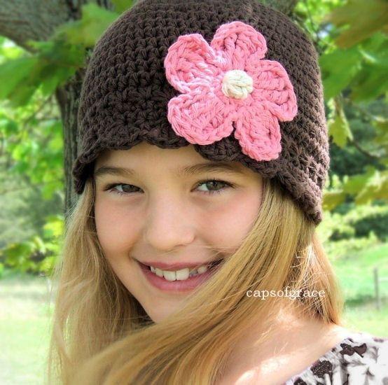 Crochet Hat Pattern Girl Daisy Flower Flapper Beanie Hat ...