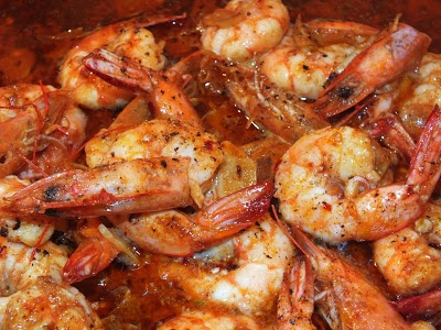 Kissing Frogs in Siam: Sizzling Shrimp with Garlic (Gambas al Pil Pil)
