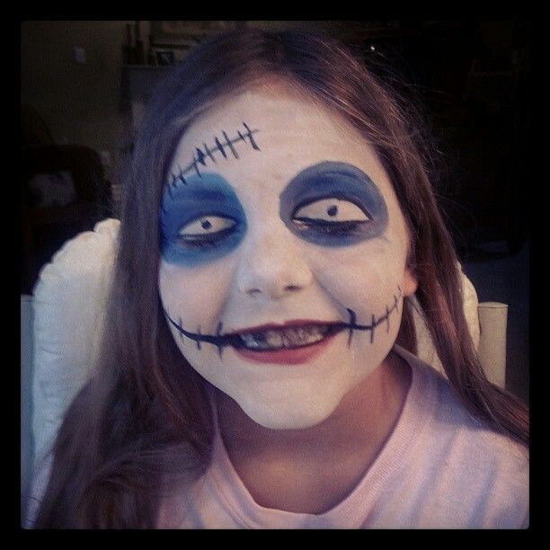 Nightmare before Christmas face paint | Face Painting | Pinterest