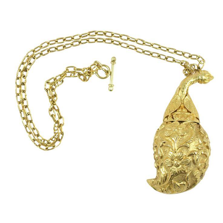 Found on jewelry.1stdibs.com
