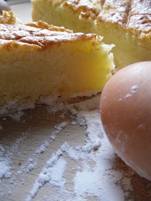 Buttermilk & Frangipane Cake...delizioso ! | photo: Stefania Motta
