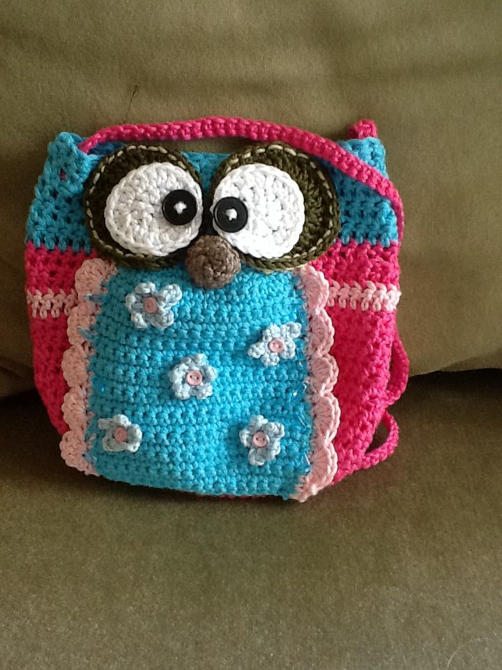 Crochet Pattern For Owl Bag : Crochet owl purse. Pattern from Craftsy. CROCHET OWLS ...