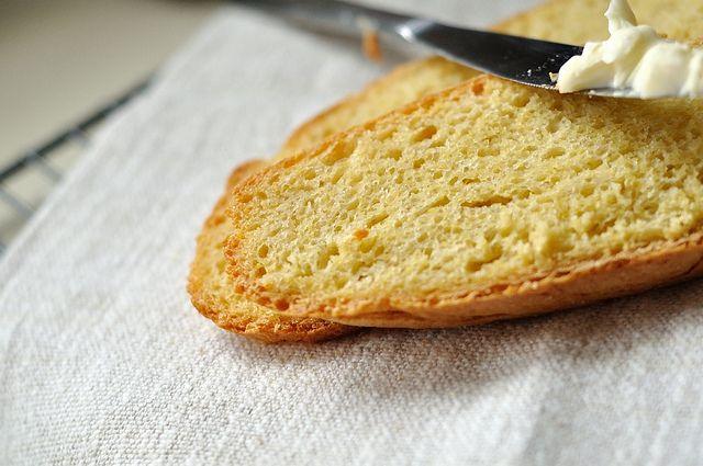 Crusty Portuguese-American Yeasted Cornbread (Pao de Milho). Made in ...