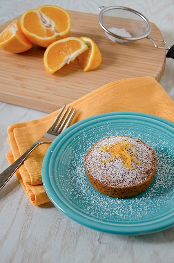 Orange-Scented Olive Oil Cake Minis {Recipe}
