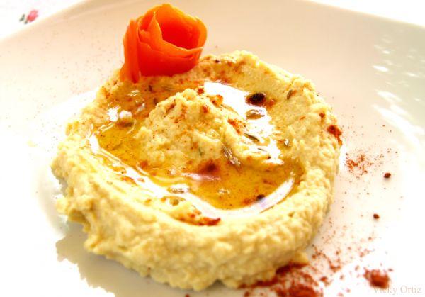 Hummus.  Super facil.