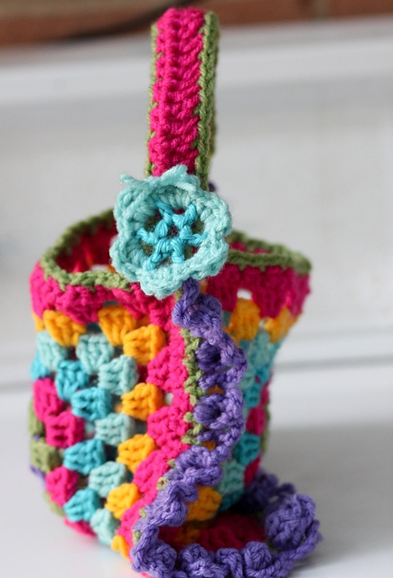 Free: Granny Square Purse pattern by Kellys Kollections