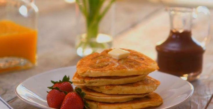 How to Make Banana Buttermilk Pancakes