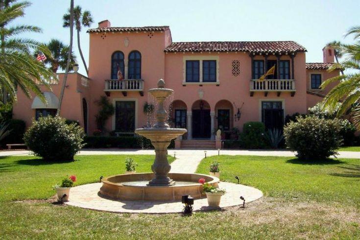 1920 39 s spanish villa paint color outdoors pinterest for Spanish villa house