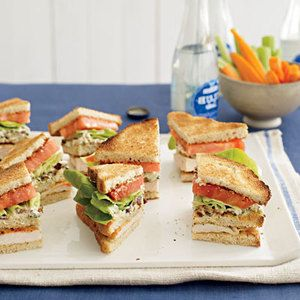 Make these Buffalo Club Sandwiches before the tailgate so you won't ...