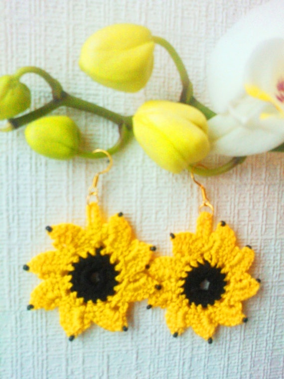 Sunflower jewelry crochet earrings handmade