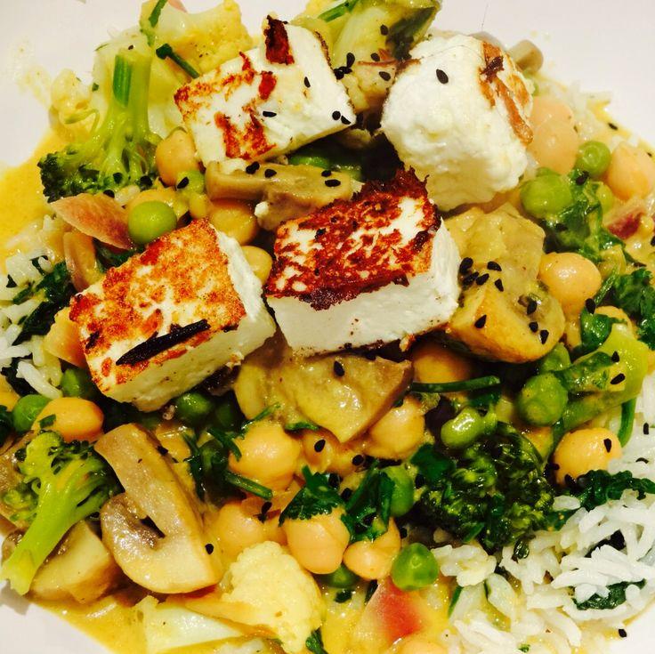 Superfood curry. Broccoli, cauliflower, chickpea, chestnut mushroom ...