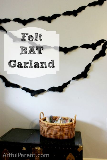 DIY Felt Bat Garland for Halloween Decorations